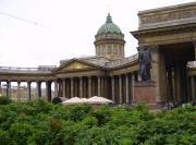 Казанский собор - почему стоит боком к Невскому проспекту?